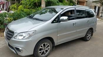 Thuê xe du lịch 7 chỗ Toyota Innova tại Đà Nẵng