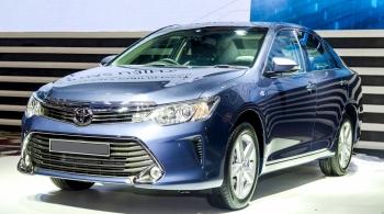 Thuê xe 4 chỗ Toyota Camry G hạng sang